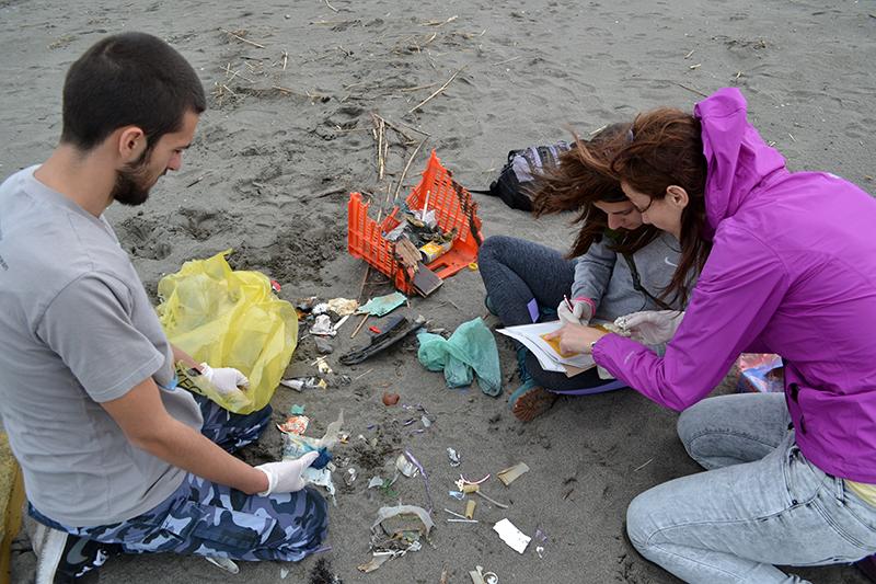 Litter survey at Buna/Bojana delta