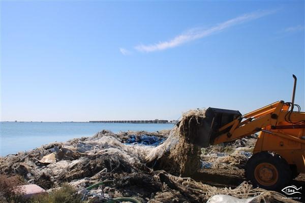 La démonstration des AMP de Plastic Busters dans les zones protégées du golfe de Thermaïkos aboutit à la récupération et au recyclage de 7,5 tonnes de filets à moules abandonnés
