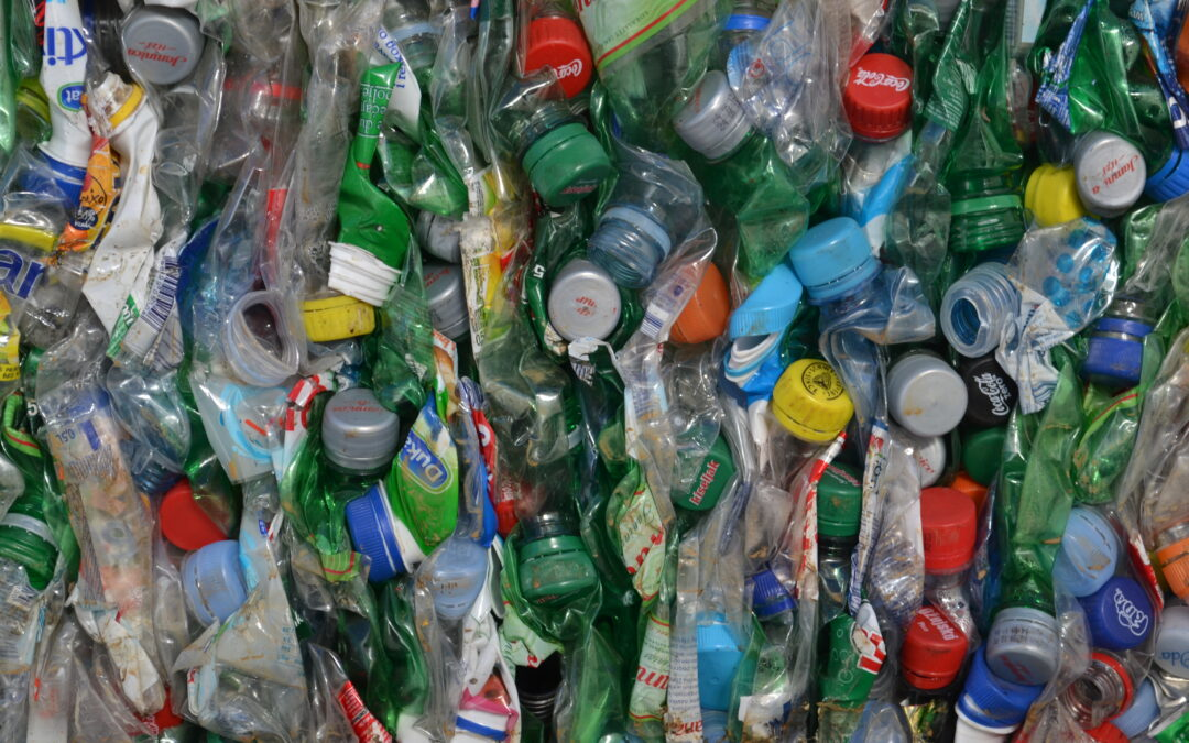 18+1 activities that help and inspire students to manage plastics properly